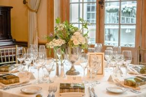 Weddings at Napoleon House Gallery Photo 11